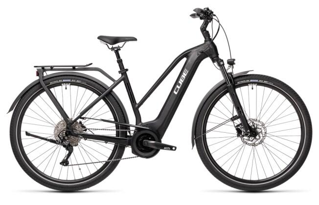 e-Trekkingbike Cube Touring Hybrid Pro 625 black´n´white 2021