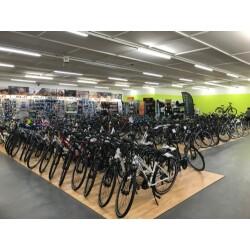 Fahrrad- u. Autoshop Kälker Innenansicht 1