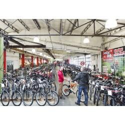 Zweirad-Center Stadler Düsseldorf GmbH & Co. KG Innenansicht 1