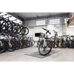 Zweiradhaus Maier Innenansicht 1