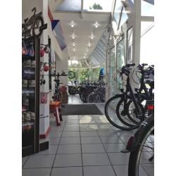 Profile Zweirad-Center van de Stay Innenansicht 1