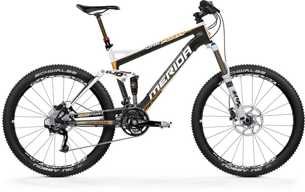 MERIDA - ONE FORTY-CARBON 3000-D