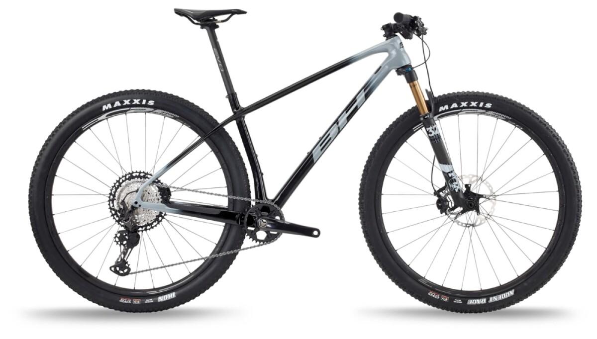 BH Bikes ULTIMATE EVO 9.0 Silver-Black Details