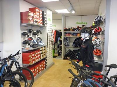 Helme Schuhe Fahrradecke Erlangen