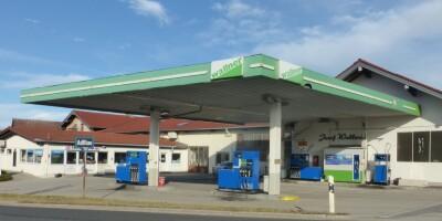 Herzlich Willkommen an unserer Tankstelle