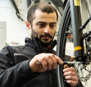 Lomeri Narsavidze - Azubi zum Zweiradmechatroniker