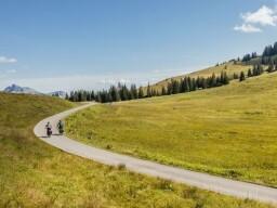 E-Bikes für ausgedehnte Touren